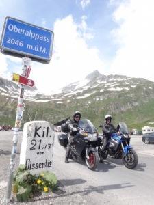 2-oberalppass-moto