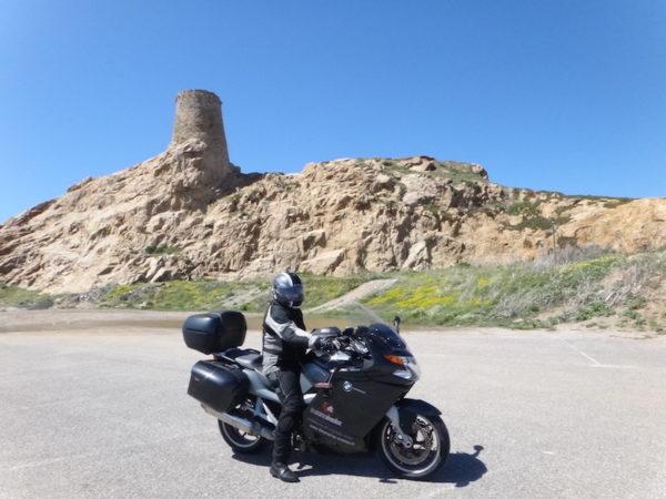 Moto et tour genoise en Corse