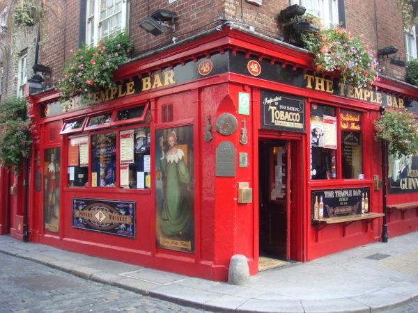 Voyage moto à Dublin : Temple Bar