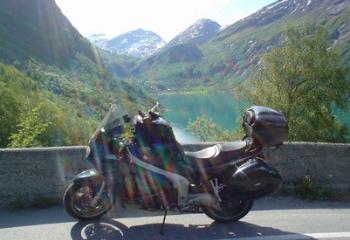 A moto en Norvège ? Laissez-vous séduire par le Geiranger fjord !