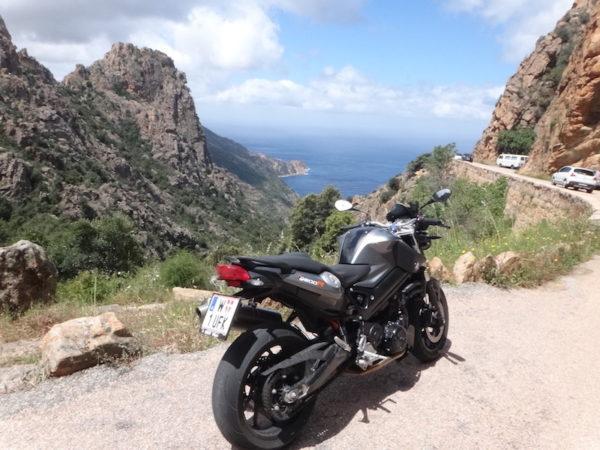 Voyage moto dans les calanches