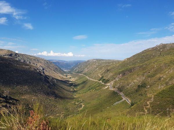 Balade moto au Portugal, vallée du Zezere
