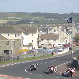 route de la côte à Portrush lors de la course moto North West 200