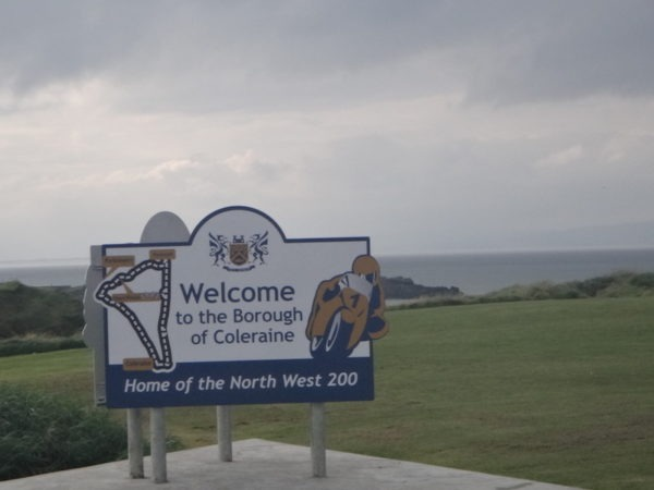panneau welcome north west 200