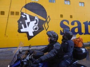 ferry-sardaigne-motard