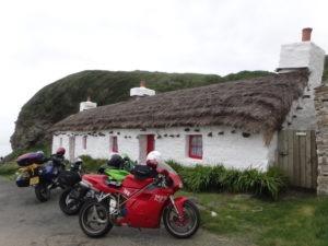 moto-habitat-chaume