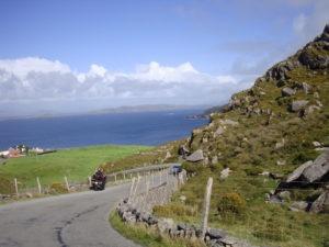 paysage-montagne-mer-irlande