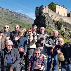 Groupe motards en Corse