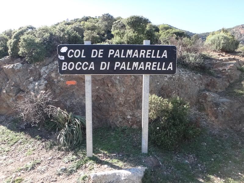 panneau du col palmarella sous le soleil corse